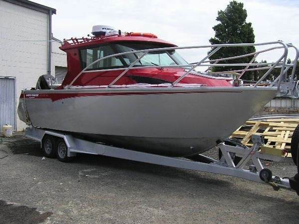 White Pointer Boats 750 CRUISER - Bluefin : custom alloy